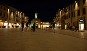 PiazzaFicino-notte